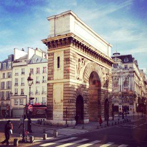 Brick arch in Paris